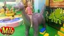 Динозаврики Может Вы Попрятались в Африке ♫ Песня для Детей про Динозавров Детская Игровая комната