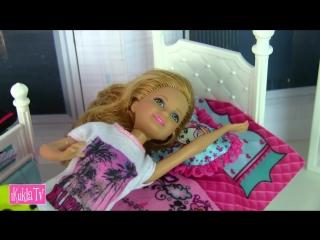 iKuklaTV  Игры в Kуклы со Слоником  ОТКАЗЫВАЕТСЯ КУШАТЬ Американскую Еду! Мультик #Барби Куклы Игрушки Для девочек Аи Кукла