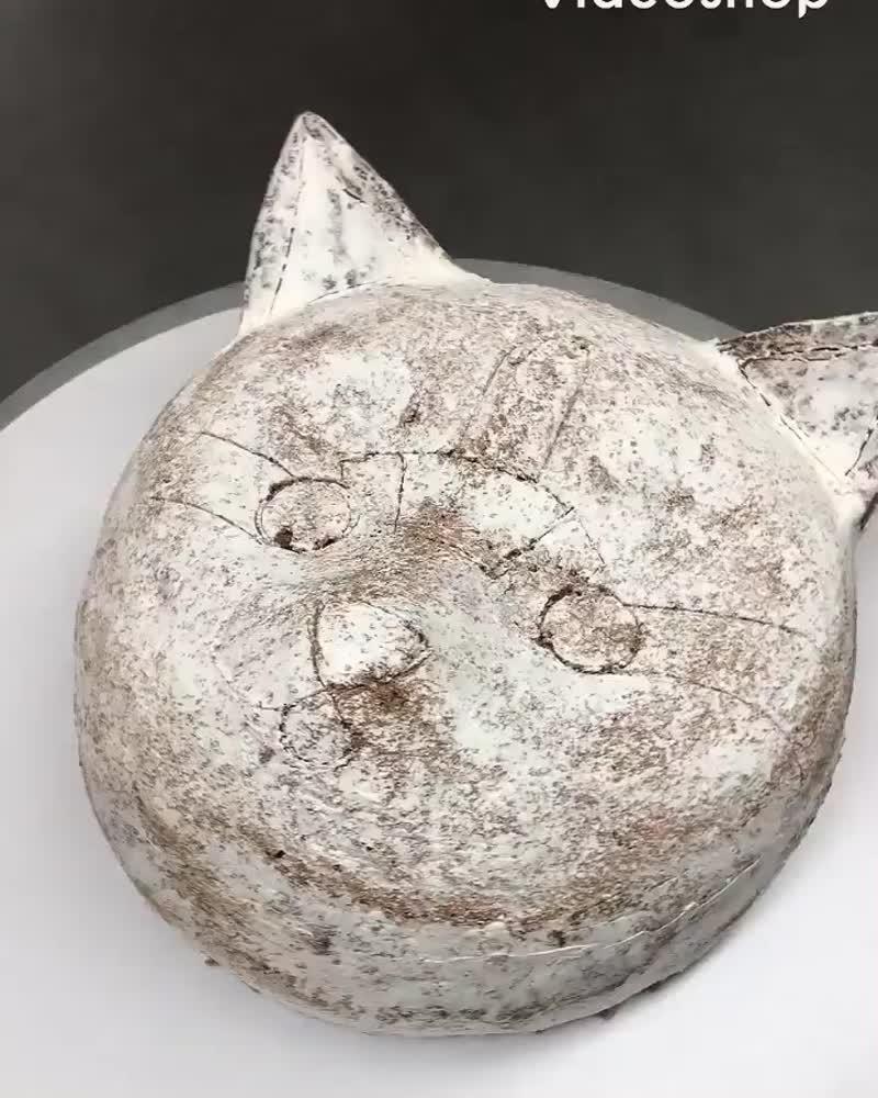 Украшение кремом торта в виде головы кота. / Наша группа во ВКонтакте: