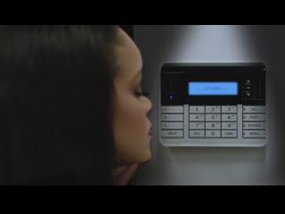 Промо-ролик к Fenty Skin