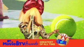 """Sia Performs """"Hey Boy"""" 