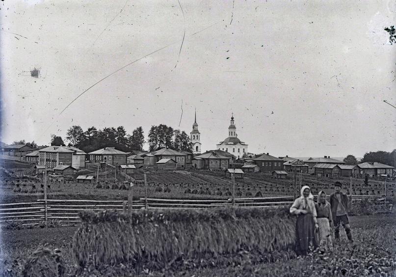 Негатив стеклянный. Вид Сольвычегодска с церковью. 1920-е гг. СИХМ. Ф 482