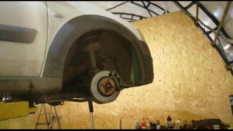 Лада Ларгус на ремонт рулевой рейки