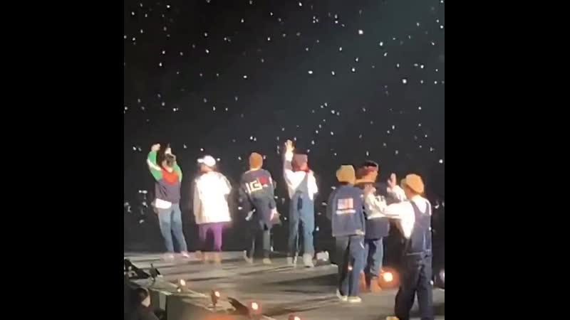 Just seven tiny boys and their stars t.co/vMX5QEKOTw