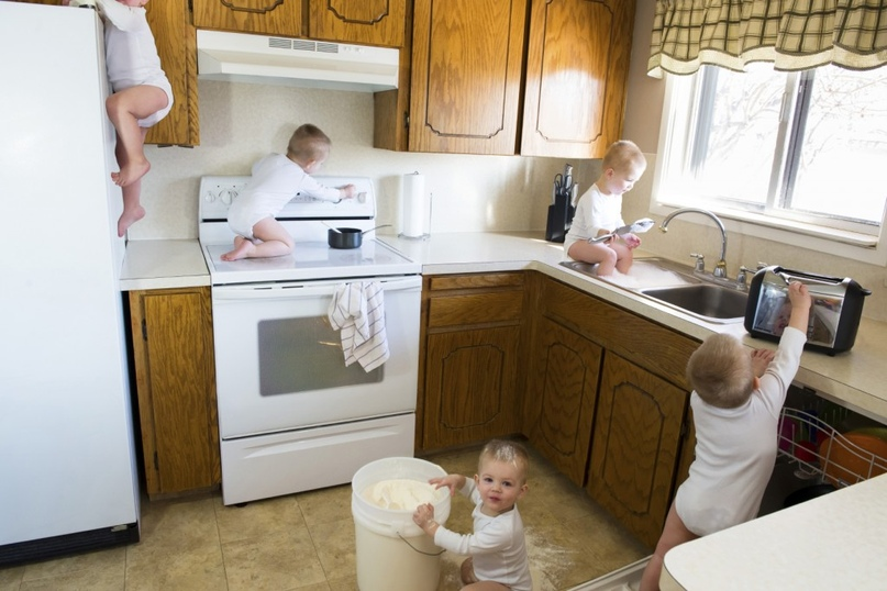 Безопасность на кухне: осторожно, дети!, изображение №1