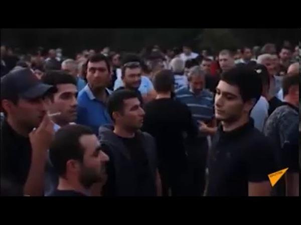 В Армении автобусы с резервистами едут в Карабах