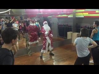 Зумба от Деда Мороза в фитнес-центре ПАЛЛАДА Октябрьское поле