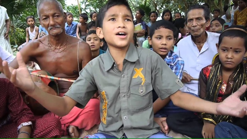 Bangladeshi boy singing baul song