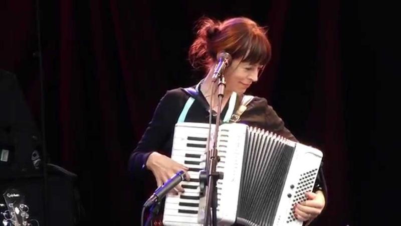 Wendy McNeill In Bocca Al Luppo live Theatron Pfingstfestival Munich 2015 05 25