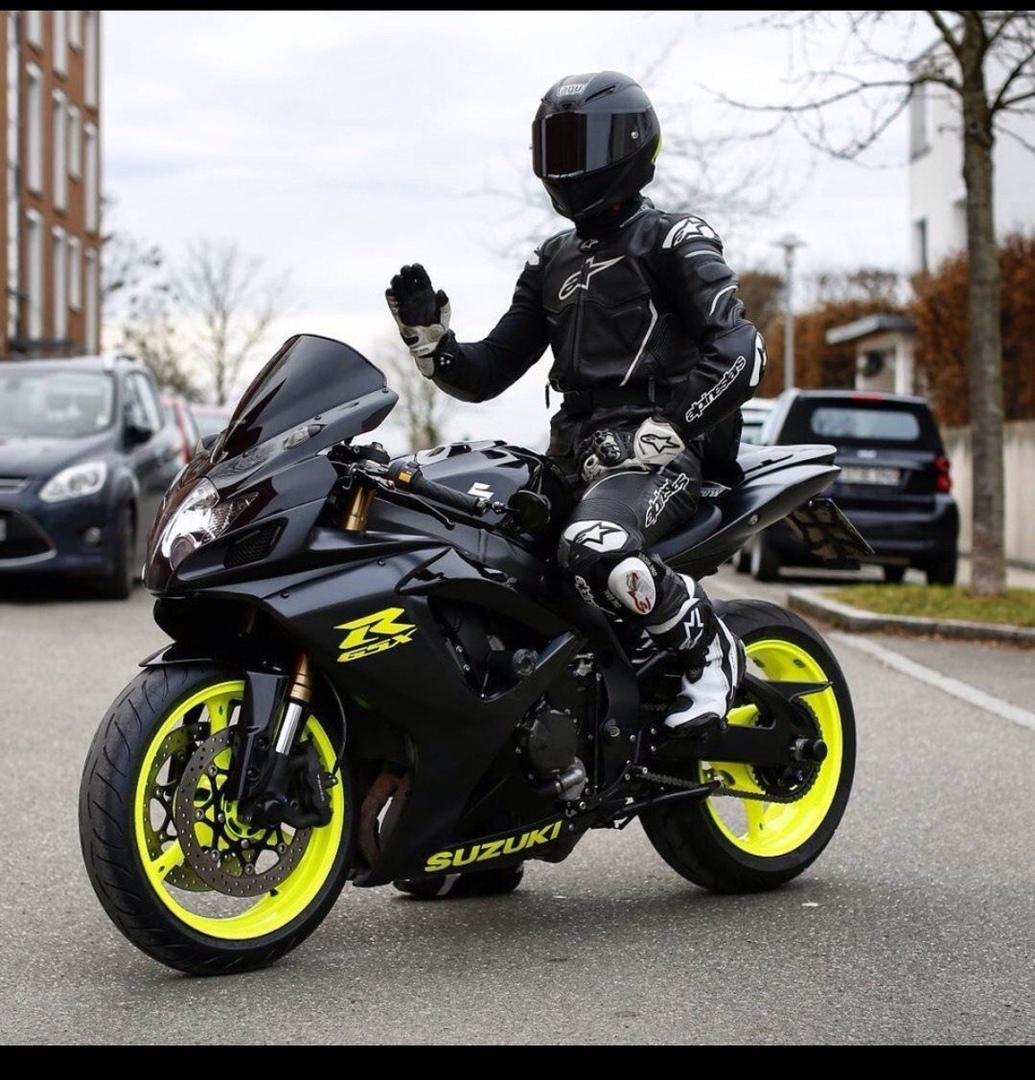 картинки спортивных мотоциклов с пацанами интересно, что