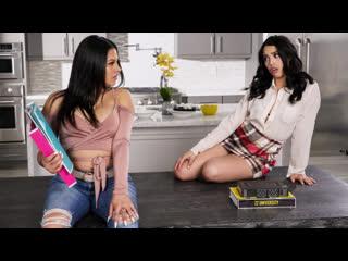 Serena Santos, Vanessa Sky - The Threesome Tutorial - Hardcore Sex Big Tits Juicy Ass Latina Exotic Babe FFM Stepsister, Порно