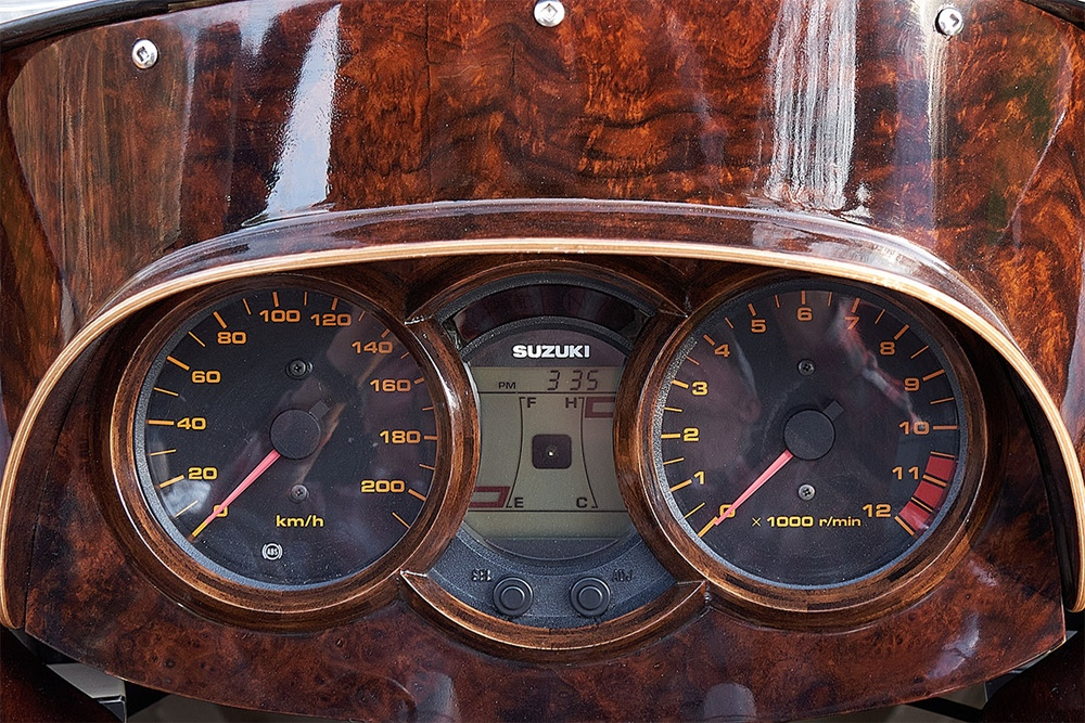 Джеймс Хэй: кастом Suzuki V-Strom DL650