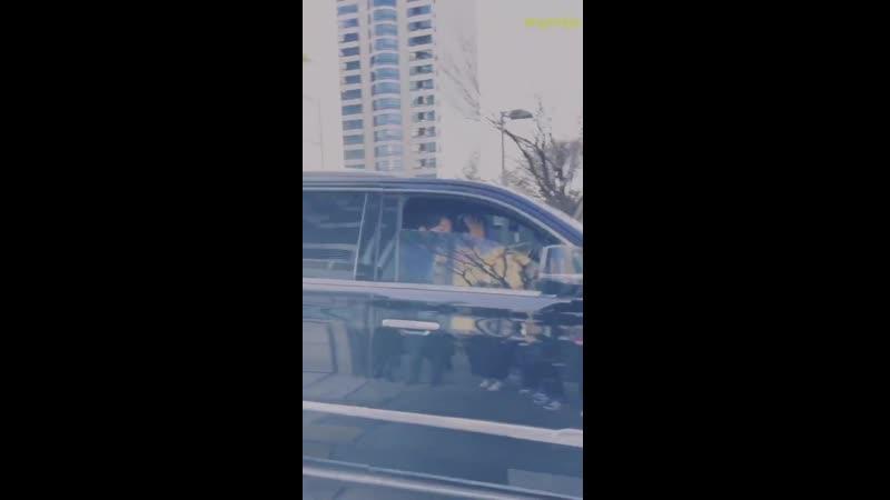210119 уезжает после радио шоу SBS Power FM 'Cultwo Show'