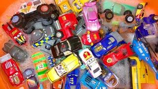 Машинки Игрушки Пенная Вечеринка Тачки Дисней Веселая Песенка