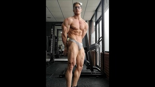 Muscle god Jon Lofthouse (#UnitedStates) is definitely the full package