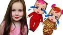 Ева играет в куклы и наряжается как кукла