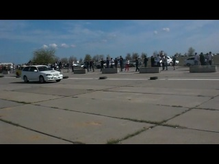 Toyota Kaldina vs Lanser Evo