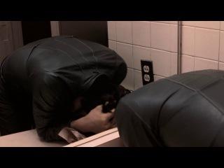 Buffalo '66 - bathroom scene