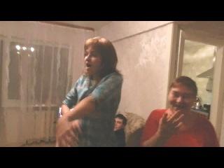 Кирилл угарает, я лысая, бабуля жгёт :3 (Ярик волна)