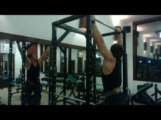 Тренировка в Бангкоке Подтягивания с 40 кг Бангкок 06 12 2013