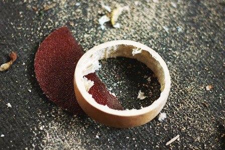 Украшения из природного материала  Материалы и инструменты:  - высушенная тыква...