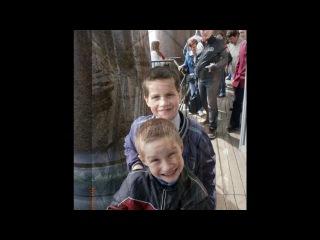 Дети на экскурсии под музыку Отпетые Мошенники Руссо туристо облико морале начинали отдых прямо на вокзале All Inclusive две недели счастья заграница это хорошо everybody здрасьте Picrolla