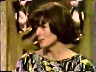 Maggie Smith- Press Room Q&A- 1979 Oscar
