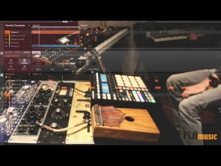 N.I. Maschine - Studio Jam - live sampling - Synthezisers - Kalimba - Guitar - Rhodes