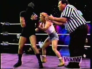 Wow Women of Wrestling ( Mystery  vs Hammerin Heather Steele )