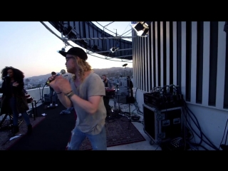 Allen Stone - Freedom (Live At Top Of The Capitol Tower) HD
