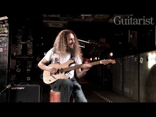 Guthrie Govan demos his new Charvel prototype for Guitarist magazine