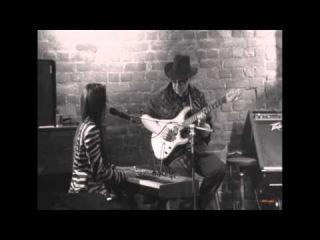 King B. & Layna Shery - How Woman feels the blues