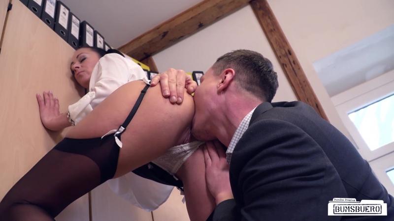 seks-lyubovnikov-v-obedenniy-pereriv-video-milie-golie-aziatochki