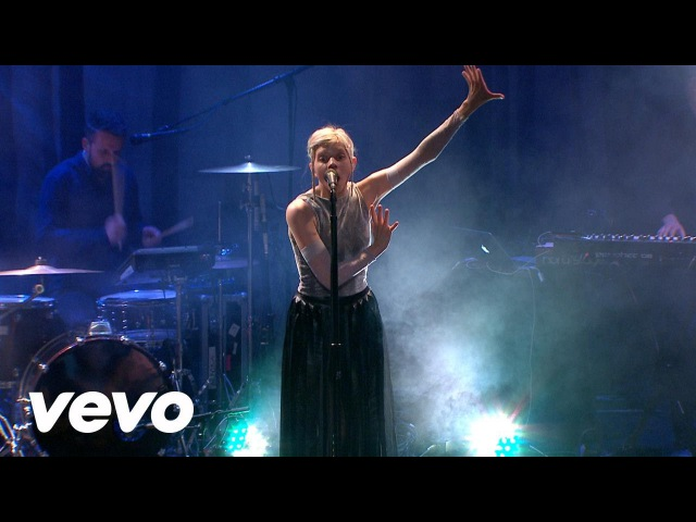 Aurora - I Went Too Far (Live on the Honda Stage)