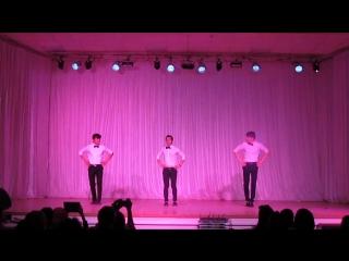 Таджикский мужской танец. Ракси точики. Таджикские студенты ПГУ и ПГУАС. (Пенза, Россия - 2016)