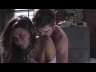 ZAC EFRON Hot scenes (watch til the end)