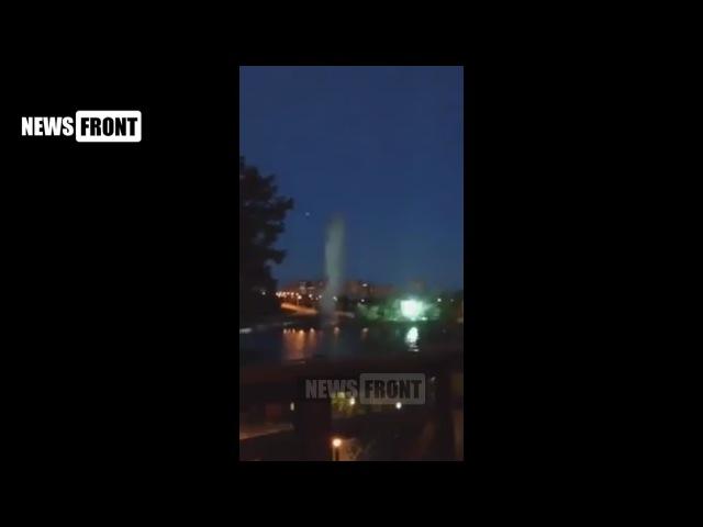 Взрыв снаряда в центре Донецка попал на видео. Подарок на День рождения