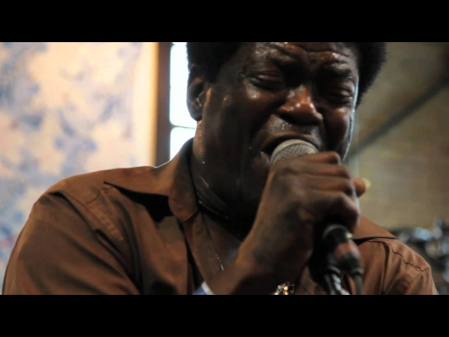 Charles Bradley - The World (Is Going Up in Flames) (Live on KEXP)