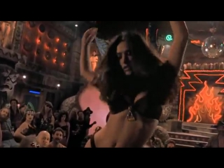 Культовая сцена из популярнейшего фильма «от заката до рассвета» — танец сальмы хайек!