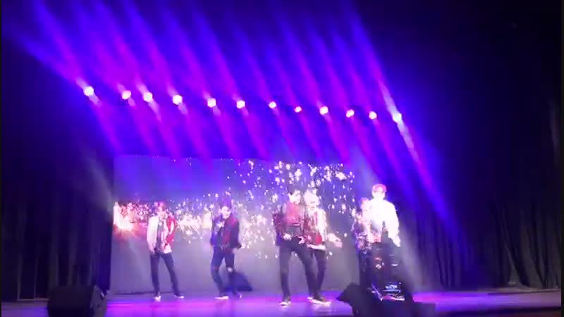 Watch Korean group LUCENTE perform at Sophia College Auditorium. - - @LUCENTE_NOGA @KoreanUpdates @koremb_india @SerieTV46