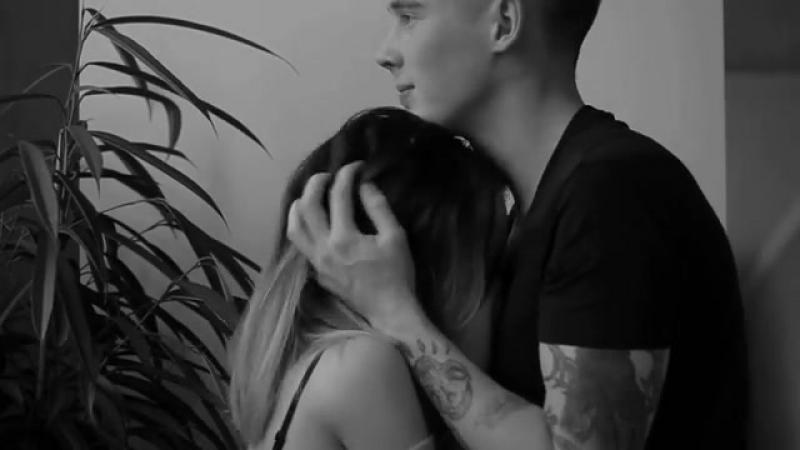 Ох уж эта любовь Поцелуи в шею и легкие обнимашки