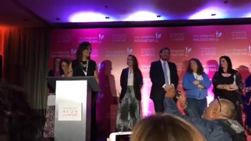 NataliaOreiro en Premio Mujeres Solidarias de @FundacionAvon 27 10 17 1