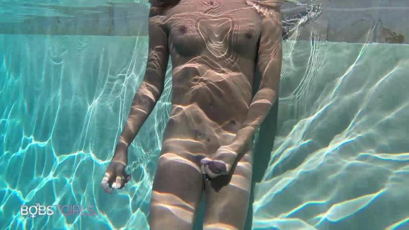 Mara Nova, Mara Nova Pool Fun (08 Oct 2017) 2017 г. , Shemale, Solo, Dildo, 1080p, Site