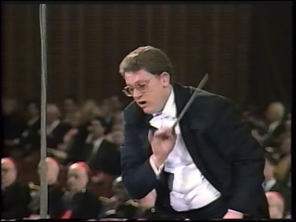 Sir Gilbert Levine conducts Schubert Psalm 92 D 953 baritone solo Howard Nevison