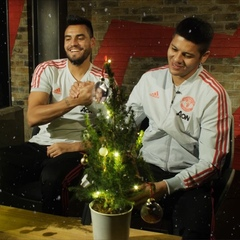 """Manchester United on Instagram: """"Sergio Romero and @MarcosRojo: making #MUFCxmas decorating look easy! 🎄😎 👍 or 👎?"""""""