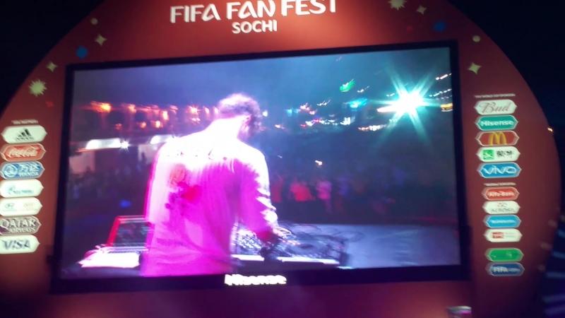 DJ Bassquaid закрыл FIFA Fan Fest день в Сочи очень крутым сетом треков мирового уровня! ч2 FIFAfanFest ЧМ2018 Сочи