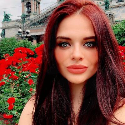 Софья Елизарова