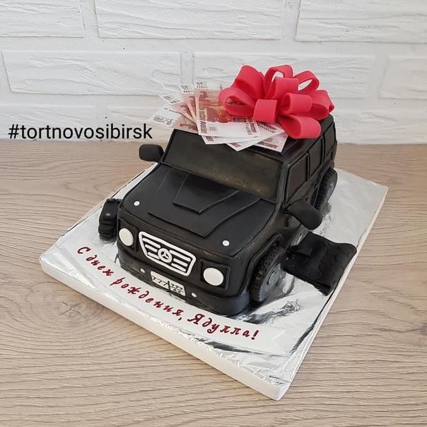 Торт в виде гелендвагена фото