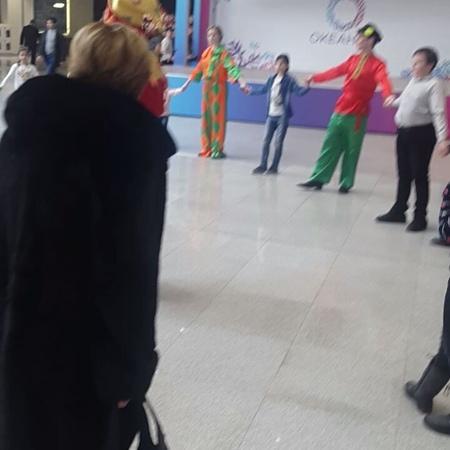 """Вера Тарасова on Instagram: """"А вот танцы наших звездочек 👸👸с @nik_alena_igor Масленицу проводили, натанцевались, получили подарки и уставшие отправ..."""