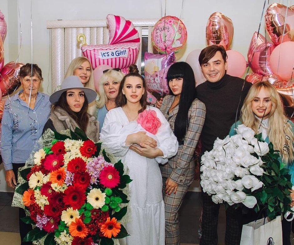 Саша Артемова возмущена бесплатной медициной